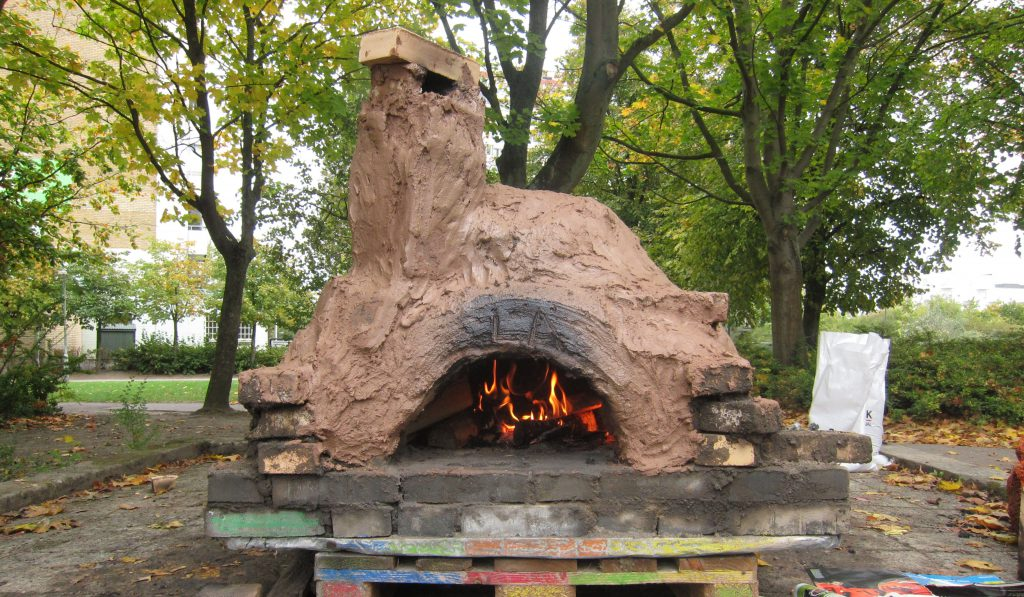 The pizza oven we built together with the community. Watch the video above to learn more about it.